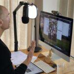 roman teaching an online leadership course